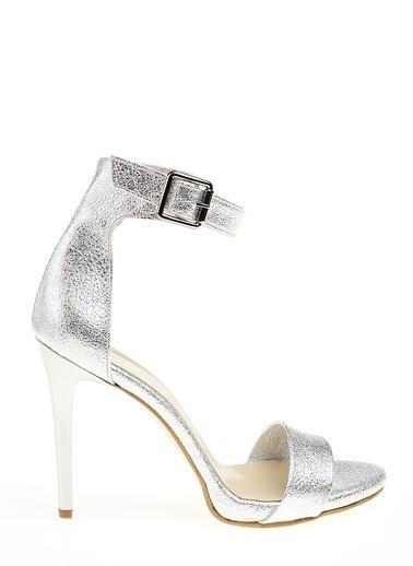 D by Divarese İnce Topuklu Ayakkabı Camel